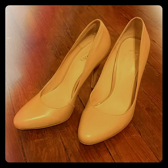 7be9d806f05 Wittner Nude Leather Pumps Size 36